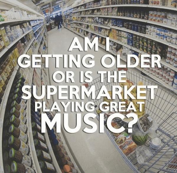 スーパーの音楽