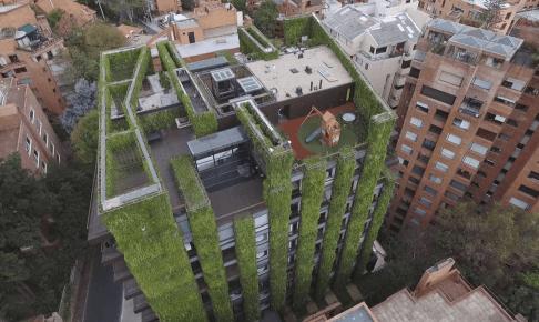 垂直庭園Santalaia