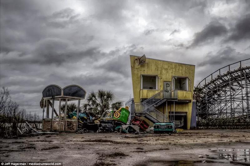 シックスフラッグス-廃墟