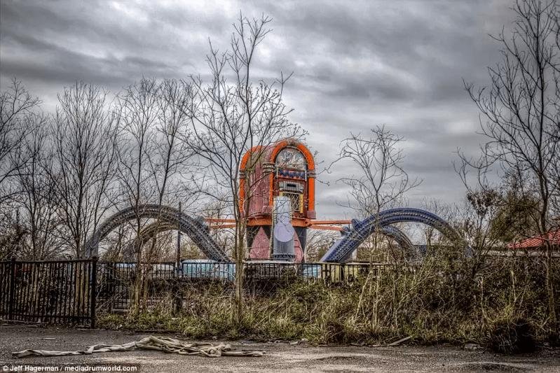 廃墟-シックスフラッグス