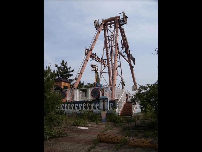 韓国の廃墟遊園地-オクポランドの乗り物