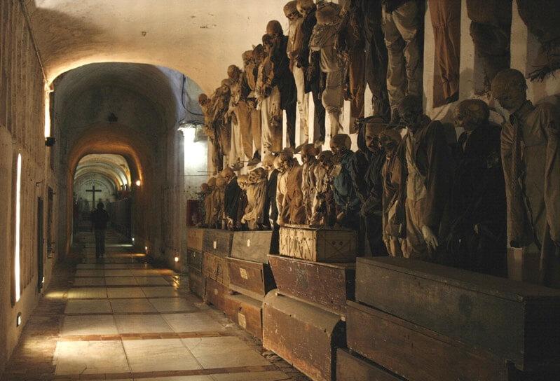 イタリアの地下納骨堂-カプチン・フランシスコ修道会