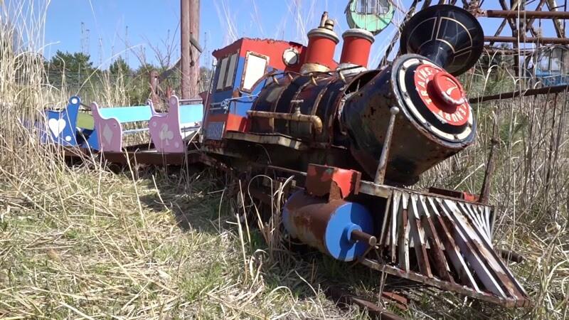化女沼レジャーランドの廃墟列車