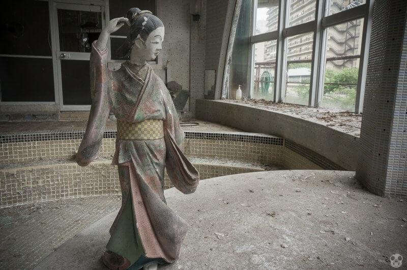 鬼怒川の廃墟-きぬ川館本店(カッパ風呂)