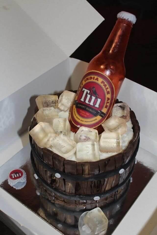 ビールクーラー型ケーキ