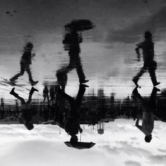 パラレルワールドのような水面鏡-マドリード