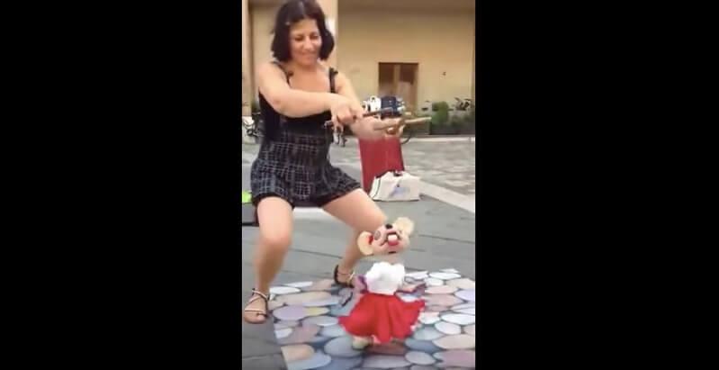 衝撃の操り人形動画
