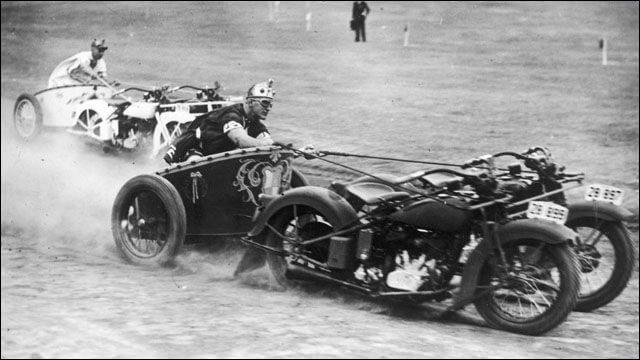 モーターサイクル・チャリオットレース