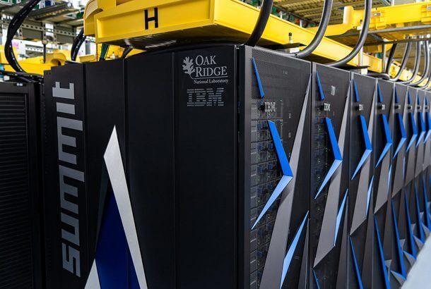 世界で最も早いコンピュータ