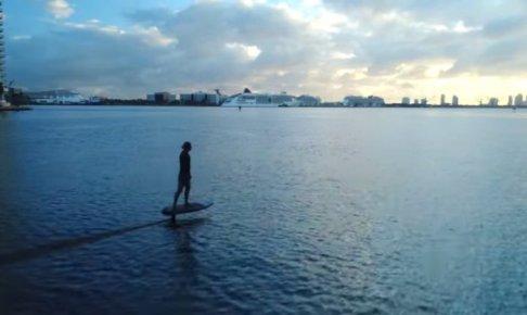 波が必要ない水上自動サーフボード-Lift eFoil