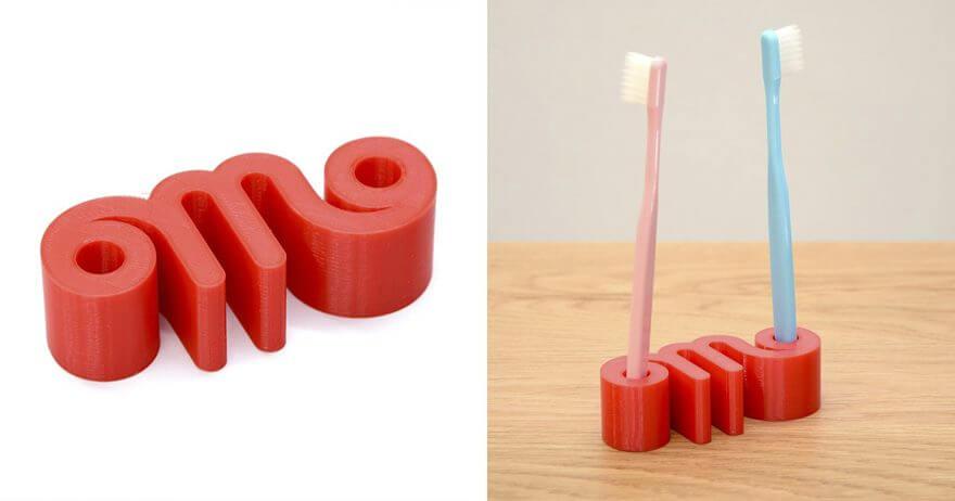 丸大食品のロゴを3D印刷した雑貨