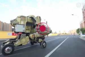 本物のトランスフォーマー車